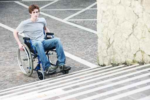 handicap-escalier